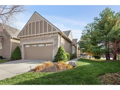 Overland Park Condo/Townhouse For Sale: 7867 157th Terrace