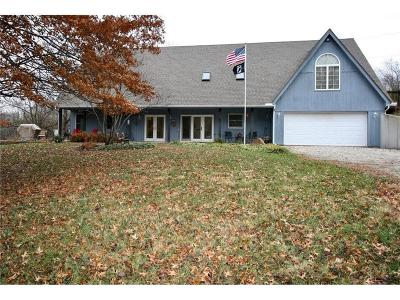 Tonganoxie KS Single Family Home For Sale: $437,500