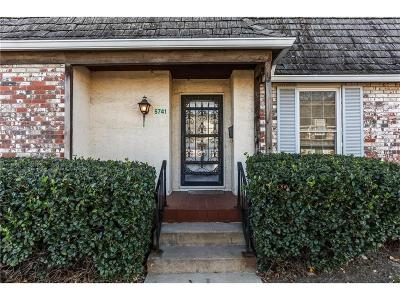 Overland Park Condo/Townhouse Show For Backups: 5741 Metcalf Court