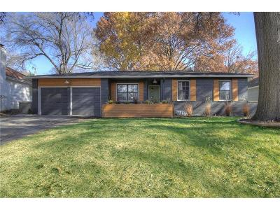 Roeland Park Single Family Home For Sale: 4905 Mohawk Drive
