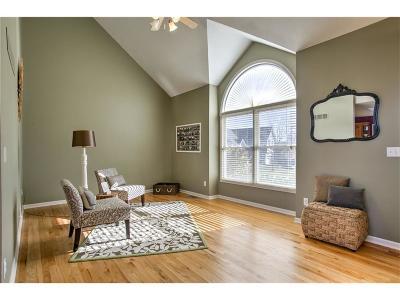Kansas City Single Family Home For Sale: 8400 NE 74th Court