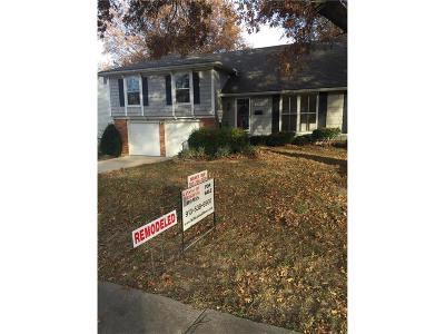 Overland Park Single Family Home For Sale: 10205 Melrose Street