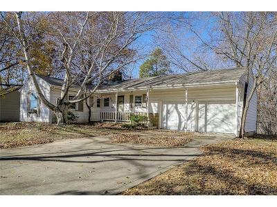 Prairie Village Single Family Home For Sale: 2612 W 79th Terrace