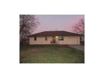 Archie MO Single Family Home For Sale: $72,500