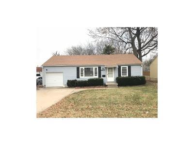 Overland Park Single Family Home For Sale: 6317 Santa Fe Drive