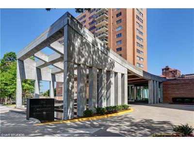 Kansas City Condo/Townhouse For Sale: 221 W 48th Street #1107