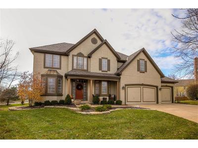 Overland Park Single Family Home For Sale: 15020 Dearborn Street