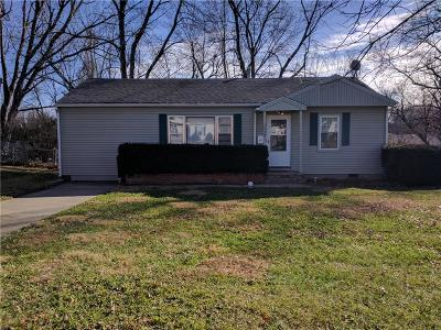 Warrensburg Single Family Home For Sale: 1022 Christopher Street