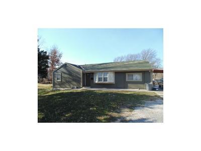 Kansas City Single Family Home For Sale: 4547 Rowland Avenue