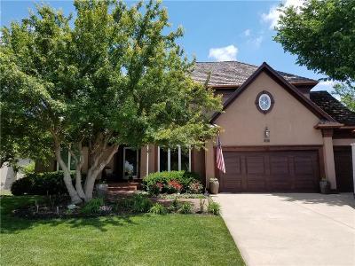 Olathe Single Family Home For Sale: 11421 S Parish Street