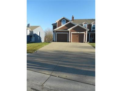 Lee's Summit Condo/Townhouse For Sale: 5523 NW Moonlight Meadow Drive
