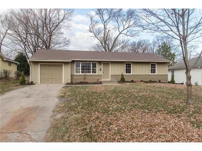 Overland Park Single Family Home For Sale: 8516 W 92nd Street