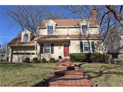 Kansas City Single Family Home For Sale: 416 W 67th Street