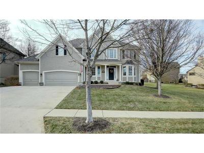 Overland Park Single Family Home For Sale: 6001 W 149 Street