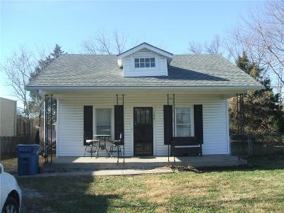 Kansas City Single Family Home For Sale: 158 N Emerson Street