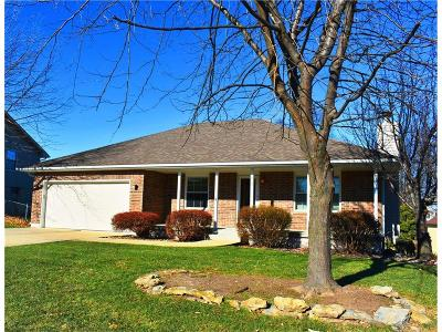 Warrensburg Single Family Home For Sale: 613 Foster Lane