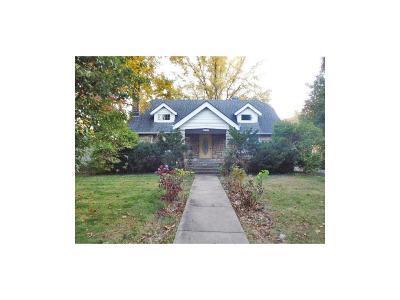 Kansas City Single Family Home For Sale: 2409 E 73rd Street
