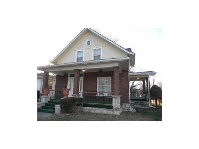 Kansas City Single Family Home For Sale: 800 Bennington Avenue