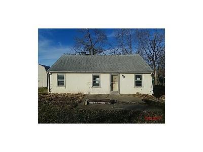 Kansas City Single Family Home For Sale: 3500 NE 82 Street