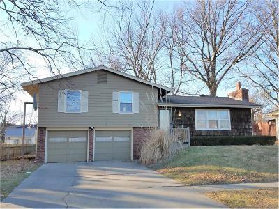 Kansas City Single Family Home For Sale: 2216 N 82nd Terrace