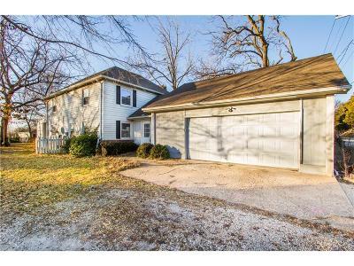 Overland Park Single Family Home For Sale: 15490 Quivira Road