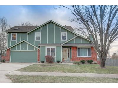 Kansas City Single Family Home For Sale: 10823 E 97th Terrace