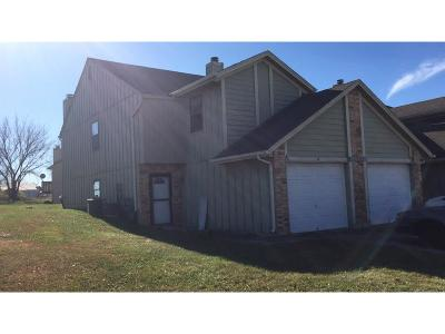 Warrensburg Single Family Home For Sale: 706 Cedar Drive #A