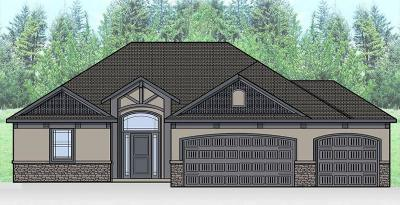 Lee's Summit MO Single Family Home Pending: $449,420