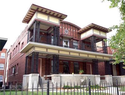 Kansas City Multi Family Home For Sale: 216 W Armour Boulevard