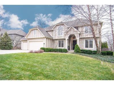 Overland Park Single Family Home For Sale: 14971 Outlook Lane