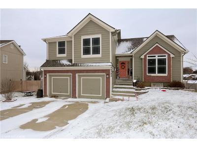 Parkville Single Family Home Show For Backups: 6484 NW Altus Drive