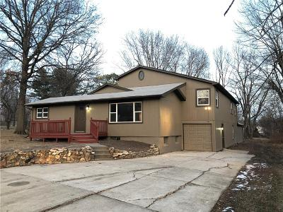 Grandview Single Family Home For Sale: 13201 Byars Road