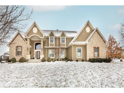 Overland Park Single Family Home Contingent: 16300 Melrose Street