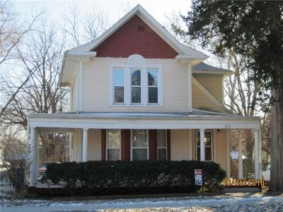 Liberty Single Family Home For Sale: 211 W Franklin Street