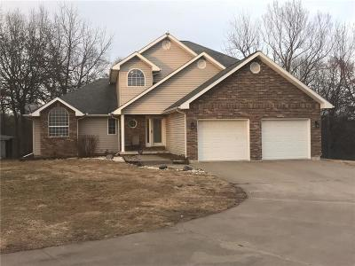 Green Ridge Single Family Home For Sale: 12421 Hickory Point Road