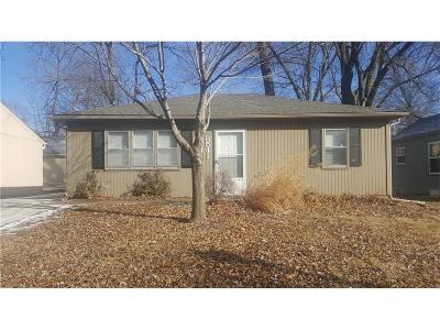 Overland Park Single Family Home For Sale: 8541 Grandview Avenue