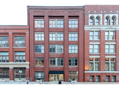 Kansas City Condo/Townhouse For Sale: 306 W 7th Street #301