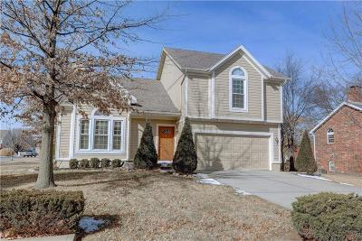 Overland Park Single Family Home For Sale: 15532 Foster Street