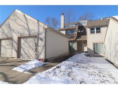 Gladstone MO Condo/Townhouse For Sale: $89,900