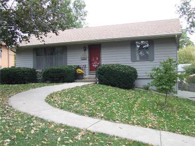 Kansas City Single Family Home For Sale: 4833 Hedges Avenue