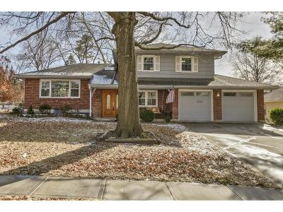 Overland Park Single Family Home For Sale: 5707 W 98th Place