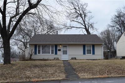 Gladstone Single Family Home For Sale: 802 NE 66th Terrace