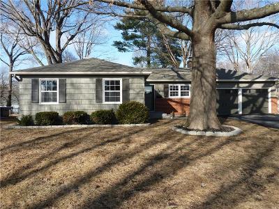 Johnson-KS County Single Family Home Show For Backups: 5810 W 100th Terrace