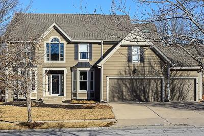 Overland Park Single Family Home For Sale: 14711 Eby Street