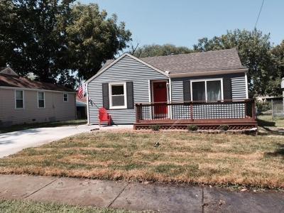 Olathe Single Family Home Show For Backups: 719 S Cherry Street