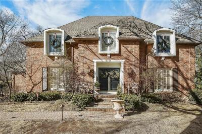 Leawood Single Family Home For Sale: 8714 Cherokee Lane