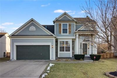 Olathe Single Family Home For Sale: 15153 W 157th Terrace