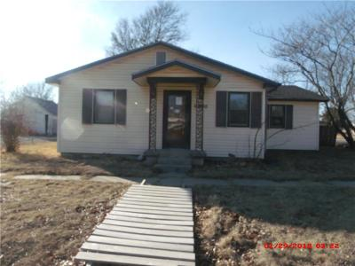 Allen County Single Family Home For Sale: 422 N Birch Street