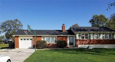 Single Family Home For Sale: 111 Kent Street
