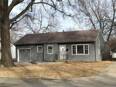 Roeland Park KS Single Family Home Pending: $207,500